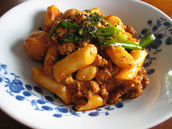Ddukboki Spicy Stir Fried Rice Cakes Kimchi Mom